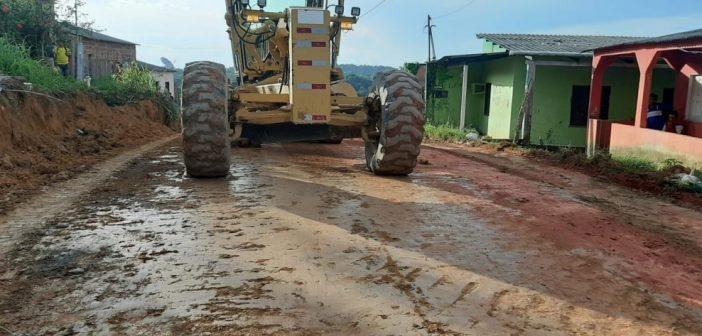 Reiniciaram as obras de pavimentação completa do bairro Morada do Sol