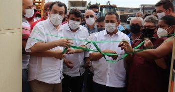 O prefeito Anderson Sousa e o senador Eduardo Braga inauguraram o Centro do Idoso